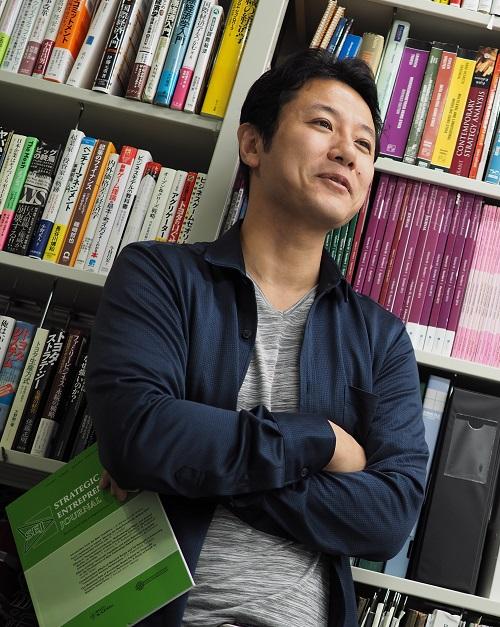 入山 章栄|講師画像2