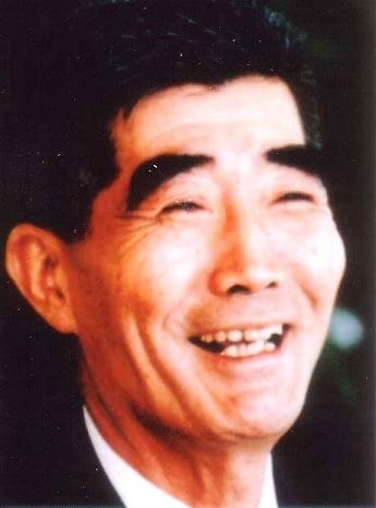 野崎 靖博